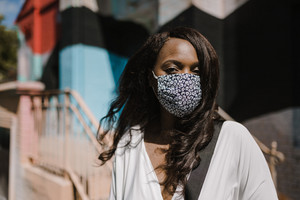 Black woman wearing a face mask