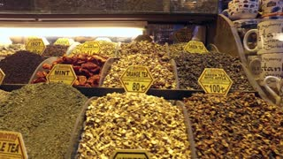 Spices and teas at Spice Bazaar Misir Carsisi, Istanbul, Turkey