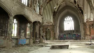 Abandoned Urban Exploration - St. Agnes Church in Detroit