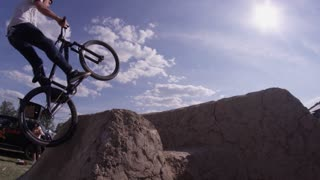 Extreme Sport Mountain Bike BMX Trick - No footed can can