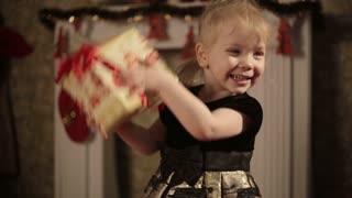 Happy Girl Shakes gift box
