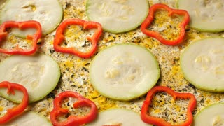 Cooking of vegetarian pizza
