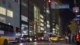 5th Avenue intersection in New York City at night 4k