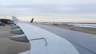 Airplane backing up at Philadelphia airport
