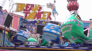 Break Dancer ride at Dippemess with passengers spinning 4k
