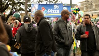 Busy pizza cart on St. Charles during Mardi Gras