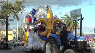 Captain of Endymion parade float 2014