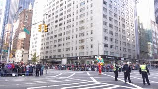 Clowns at the beginning of 89th annual Macys Parade 4k