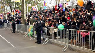 Crowds of people waiting for Macy's parade