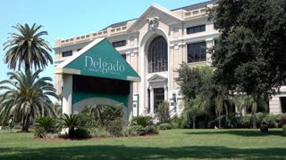 Delagado Community College entrance in New Orleans Louisiana 4k