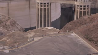 Establishing tilt shot of Hoover Dam seen from Arizona Side 4k