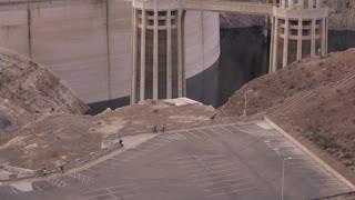 Establishing tilt shot of Hoover Dam seen from Arizona Side 4k