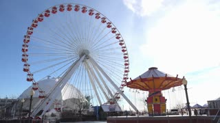Ferris Wheel at Navy Pier in Chicago in winter 4k