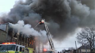 Fire in downtown Dayton Ohio at warehouse 4k
