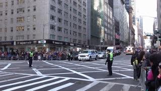 Firetruck going through Macys Parade intersection 4k