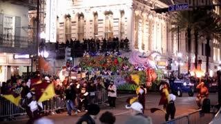 float in hermes parade mardi gras