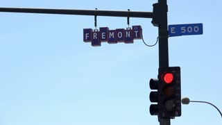 Fremont street intersection light and sign 4k