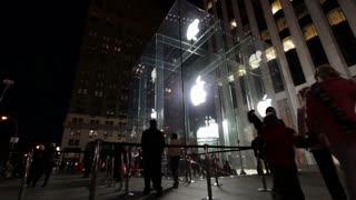 Front of Apple store in NYC