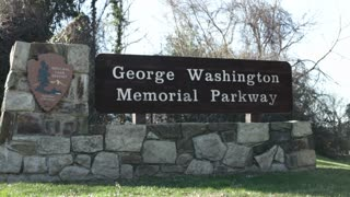 George Washington Memorial Parkway sign