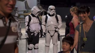 Girl posing with Star Wars characters at Air Force Museum 4k