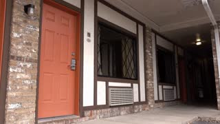 Hotel door establishing shot exterior 4k