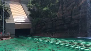 Jurassic Park ride with people screaming
