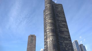 Lake Point Tower in downtown Chicago 4k