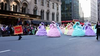 Mobile Azalea trail maids in Macy's parade