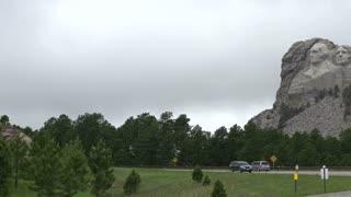 Mount Rushmore pan shot