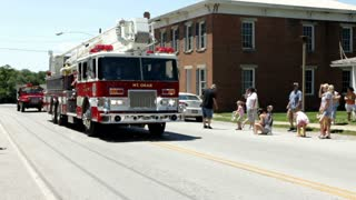 Mt Orab firetruck in firemans parade