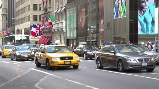 New York city street traffic in slow motion