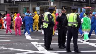 New York Police protecting the Macys Thanksgiving Parade 4k