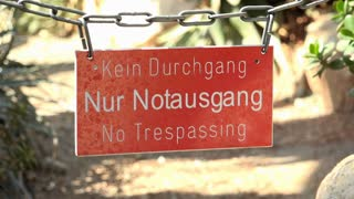 No trespassing sign on path 4k