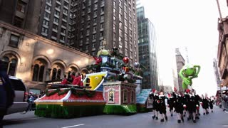 Office Max float and Kermit in the Macy's parade