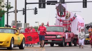 Ohio State University float in Fairborn Ohio parade 4k