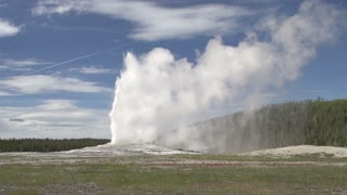 Old Faithful Geyser as it erupts