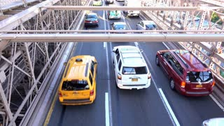 Overhead view of traffic on Brooklyn Bridge 4k