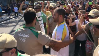 Passing of the Olympic torch by Diogo Nogueira in Rio 2016 4k