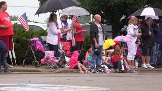 People along Fairborn Ohio parade route 4k