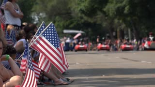 People along side July 4th Parade going through Fairborn Ohio 4k