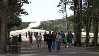 People going to see Old Faithful Geyser