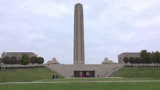 People visiting National WWI Museum in Kansas City 4k