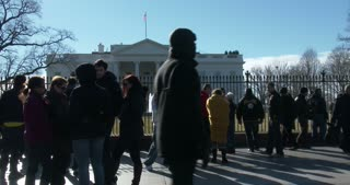 People visiting the White House in Washington DC 4k