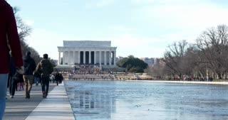People walking towards Lincoln Memorial 4k