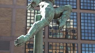 Quest Eternal sculpture in downtown Boston