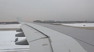 Runway at PHL airport covered in snow 4k