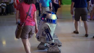 Star Wars R2-D2 with people posing at Air Force Museum 4k