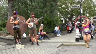 Street performers at French Market Place in New Orleans