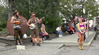 Street performers at French Market Place slow motion p2