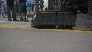 Street Sweeper Sitting then Starts